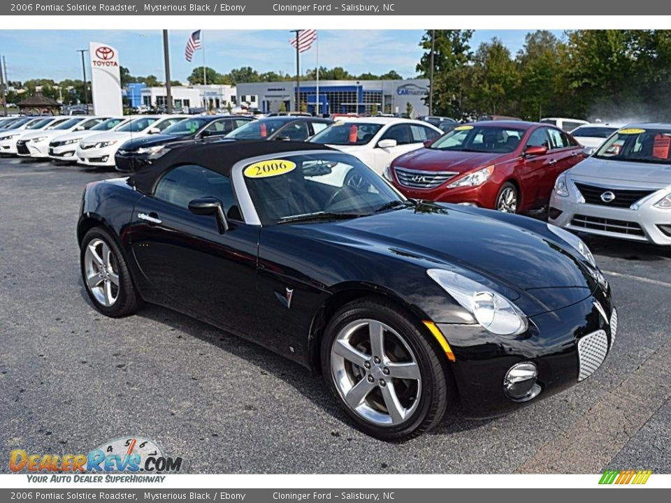 2006 Pontiac Solstice Roadster Mysterious Black / Ebony Photo #1
