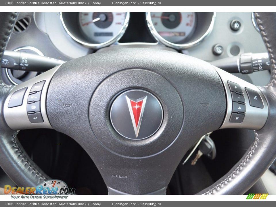 2006 Pontiac Solstice Roadster Mysterious Black / Ebony Photo #15