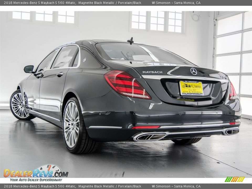 2018 Mercedes-Benz S Maybach S 560 4Matic Magnetite Black Metallic / Porcelain/Black Photo #10