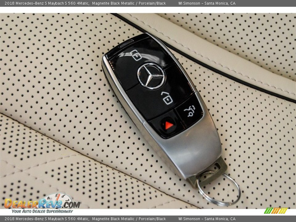 Keys of 2018 Mercedes-Benz S Maybach S 560 4Matic Photo #11