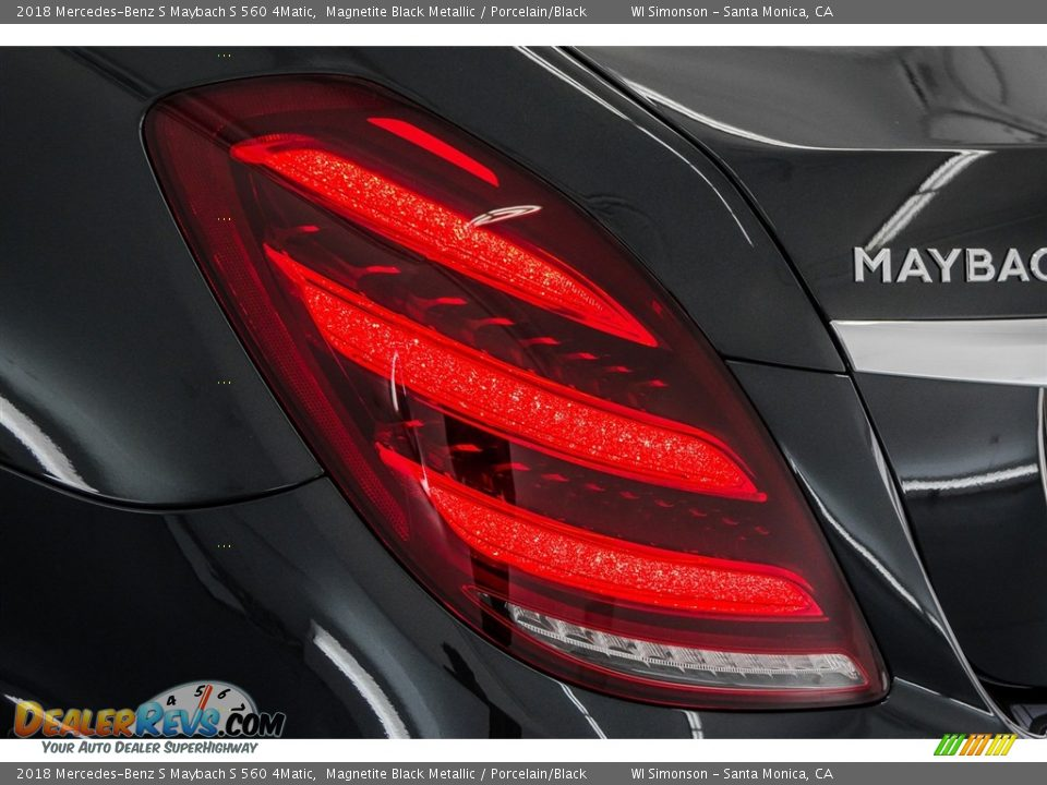 2018 Mercedes-Benz S Maybach S 560 4Matic Magnetite Black Metallic / Porcelain/Black Photo #27