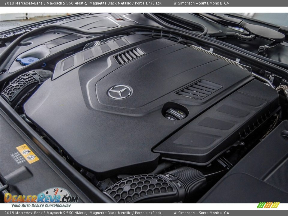 2018 Mercedes-Benz S Maybach S 560 4Matic Magnetite Black Metallic / Porcelain/Black Photo #32