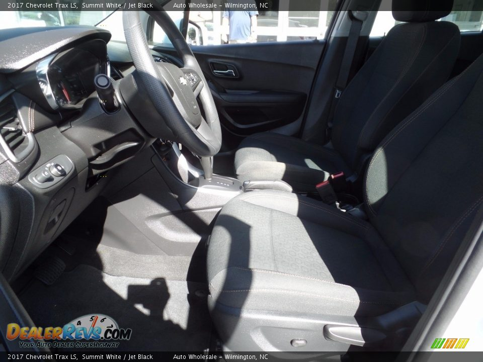 2017 Chevrolet Trax LS Summit White / Jet Black Photo #11