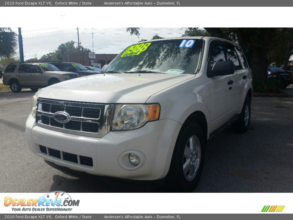 2010 Ford Escape XLT V6 Oxford White / Stone Photo #7