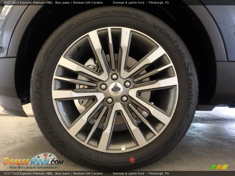 2017 Ford Explorer Platinum 4WD Blue Jeans / Medium Soft Ceramic Photo #5