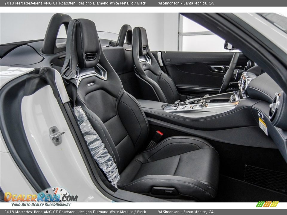 Front Seat of 2018 Mercedes-Benz AMG GT Roadster Photo #11