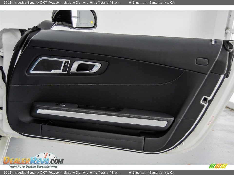 Door Panel of 2018 Mercedes-Benz AMG GT Roadster Photo #21