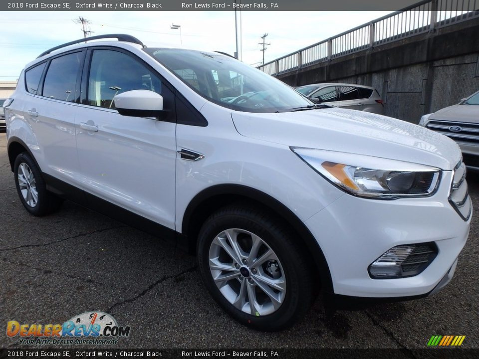 2018 Ford Escape SE Oxford White / Charcoal Black Photo #9