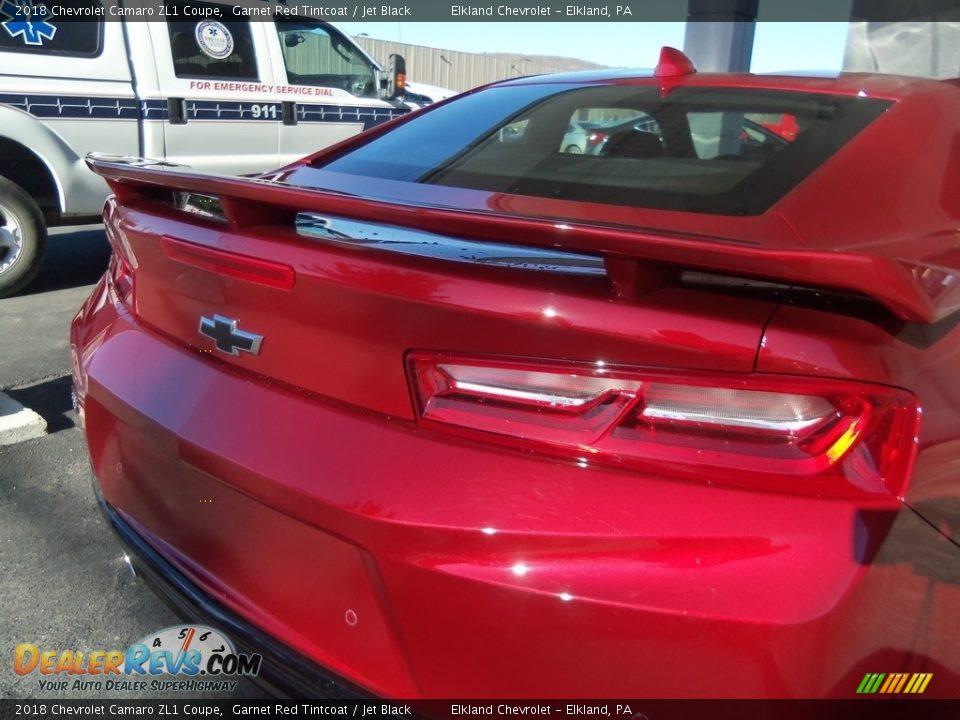 2018 Chevrolet Camaro ZL1 Coupe Garnet Red Tintcoat / Jet Black Photo #35