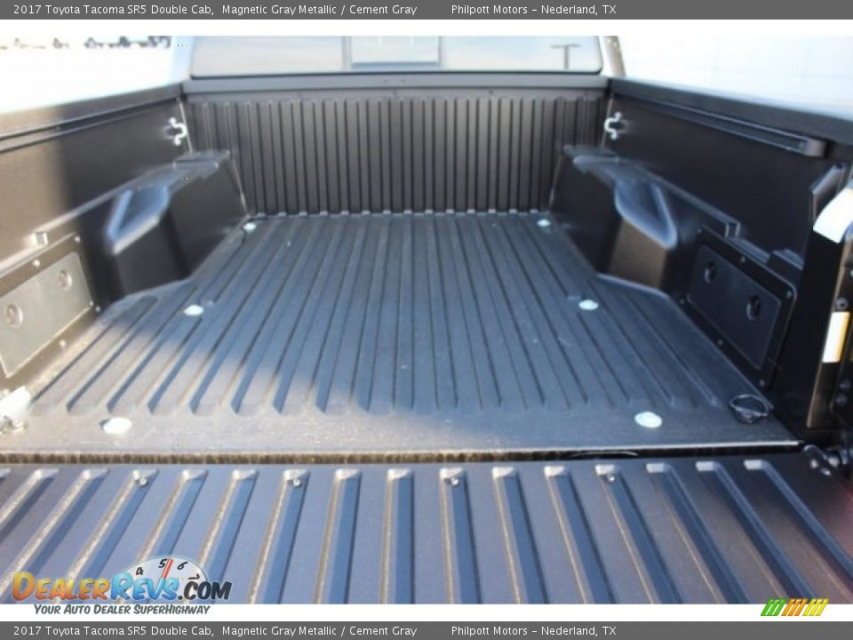 2017 Toyota Tacoma SR5 Double Cab Magnetic Gray Metallic / Cement Gray Photo #25