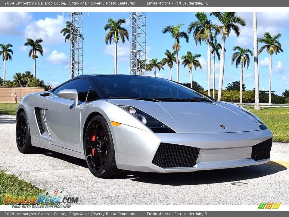 Front 3/4 View of 2004 Lamborghini Gallardo Coupe Photo #1