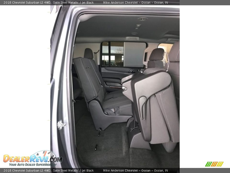 2018 Chevrolet Suburban LS 4WD Satin Steel Metallic / Jet Black Photo #15