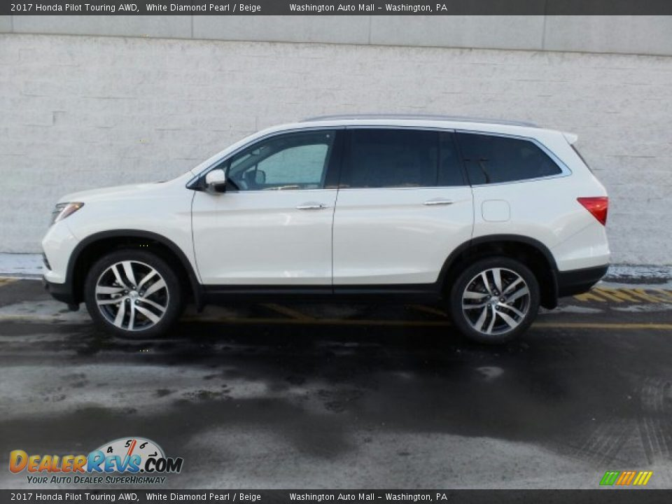 2017 Honda Pilot Touring AWD White Diamond Pearl / Beige Photo #6