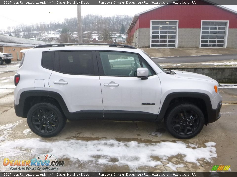 2017 Jeep Renegade Latitude 4x4 Glacier Metallic / Black Photo #6