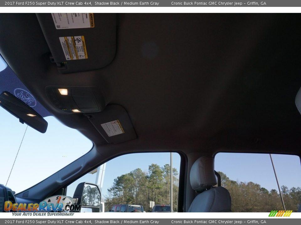 2017 Ford F250 Super Duty XLT Crew Cab 4x4 Shadow Black / Medium Earth Gray Photo #11