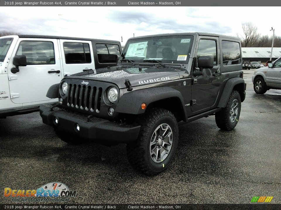 Front 3/4 View of 2018 Jeep Wrangler Rubicon 4x4 Photo #1