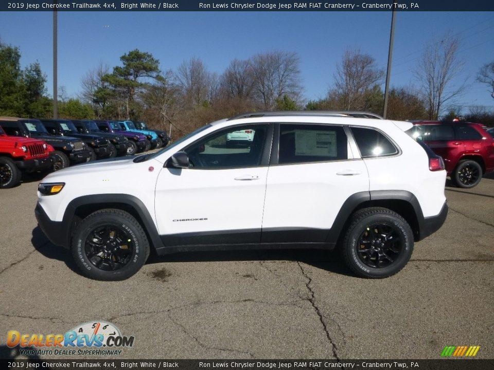 2019 Jeep Cherokee Trailhawk 4x4 Bright White / Black Photo #2
