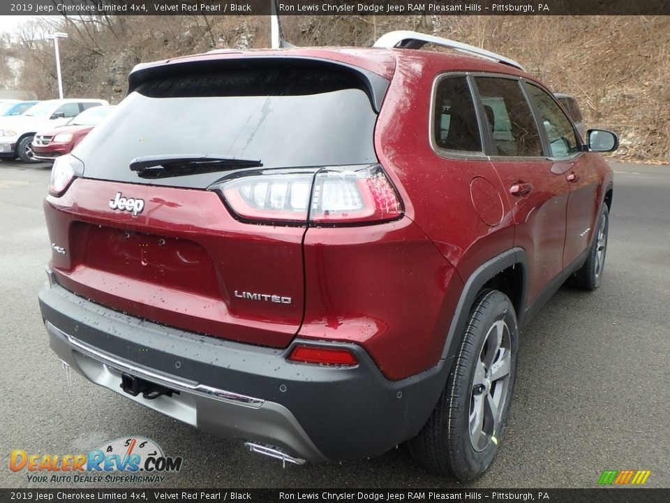 2019 Jeep Cherokee Limited 4x4 Velvet Red Pearl / Black Photo #5