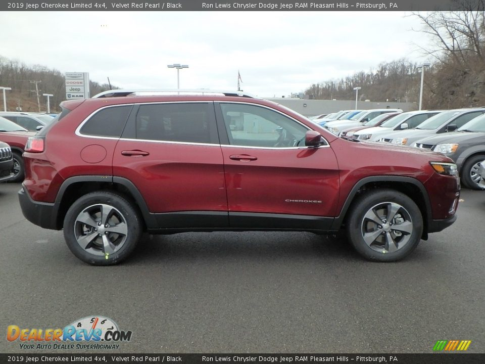 2019 Jeep Cherokee Limited 4x4 Velvet Red Pearl / Black Photo #6