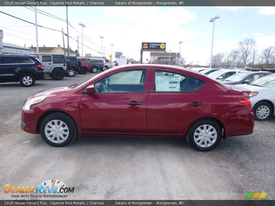 2018 Nissan Versa S Plus Cayenne Red Metallic / Charcoal Photo #7