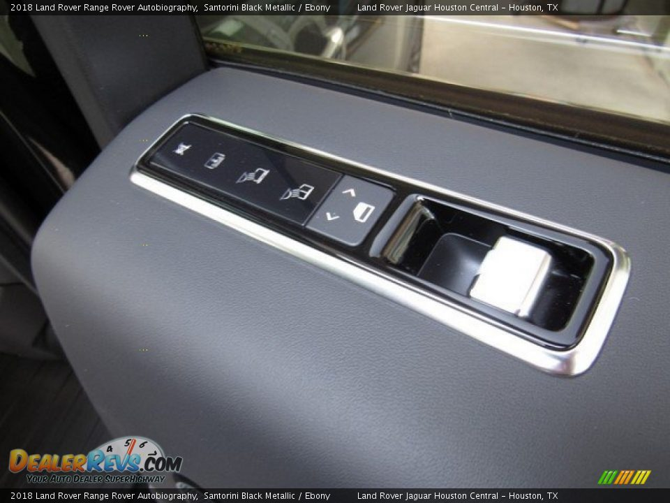 Controls of 2018 Land Rover Range Rover Autobiography Photo #25