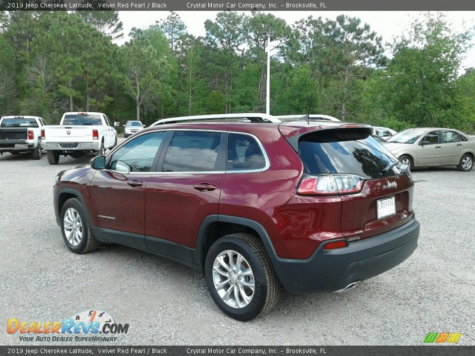 2019 Jeep Cherokee Latitude Velvet Red Pearl / Black Photo #3