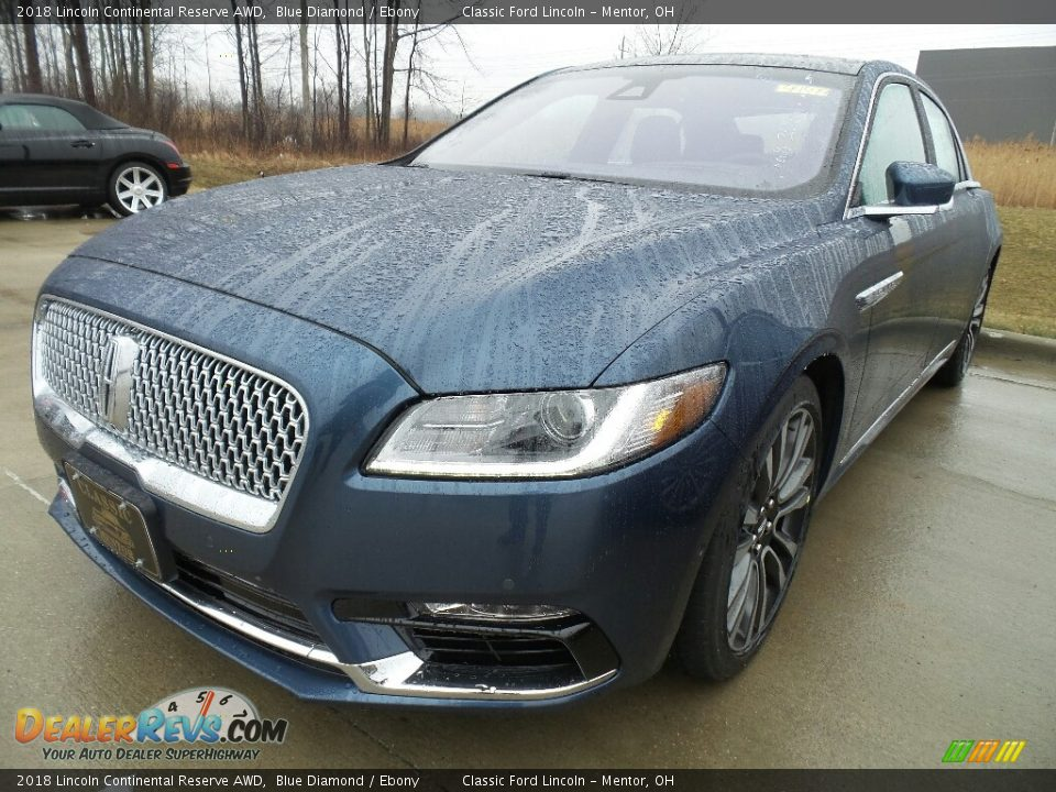 Front 3/4 View of 2018 Lincoln Continental Reserve AWD Photo #1