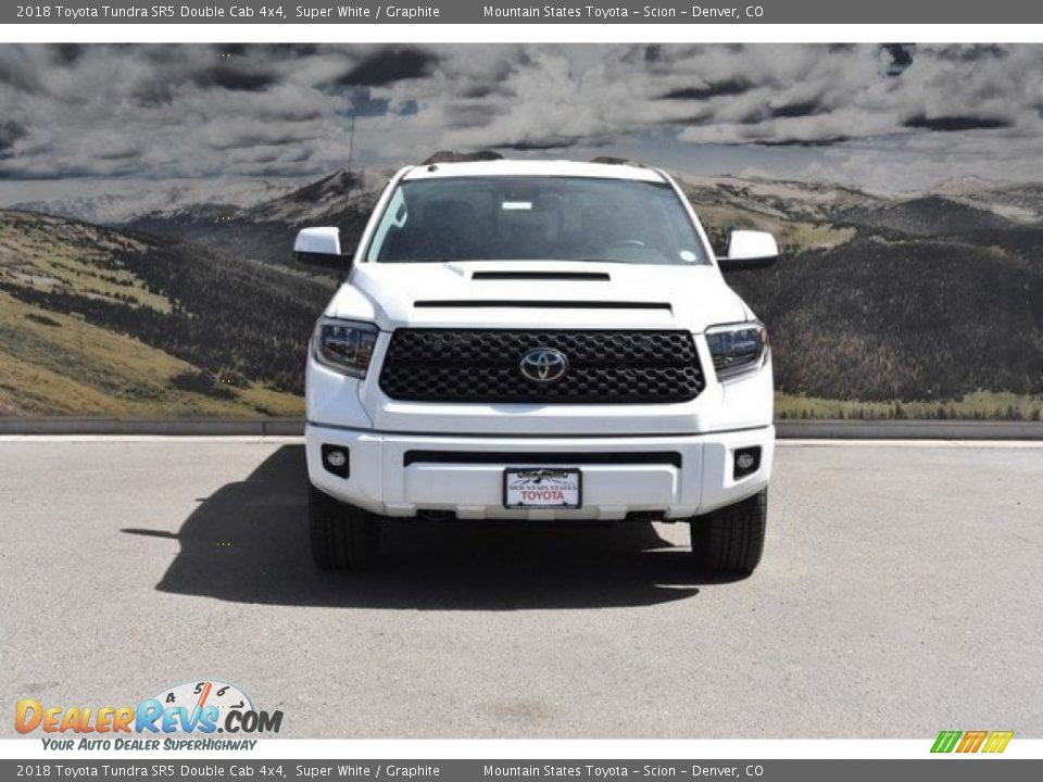 2018 Toyota Tundra SR5 Double Cab 4x4 Super White / Graphite Photo #2