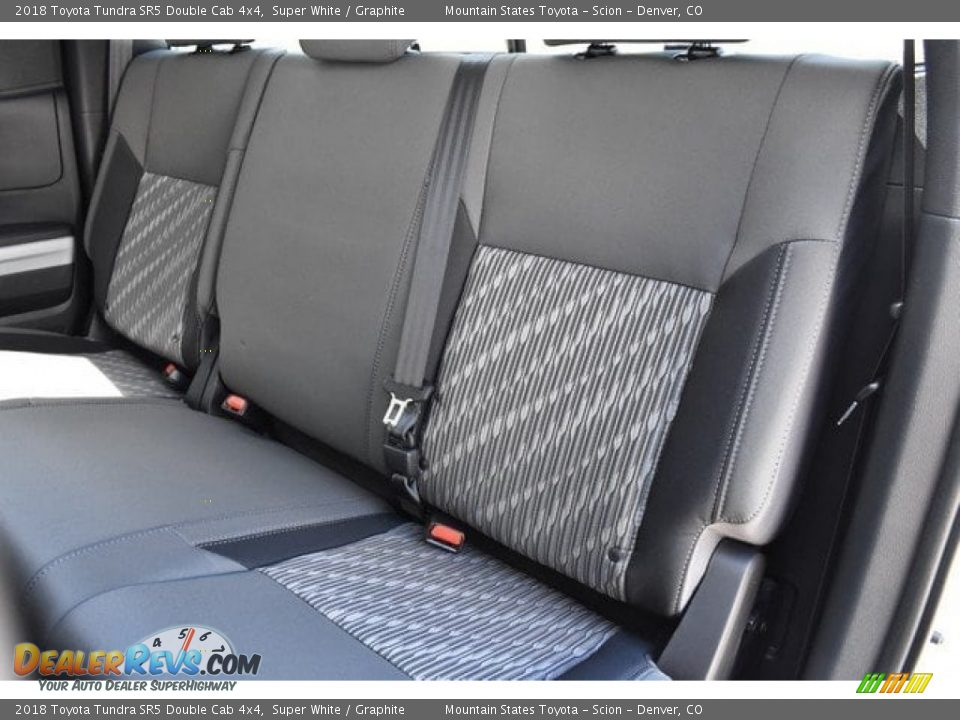 2018 Toyota Tundra SR5 Double Cab 4x4 Super White / Graphite Photo #15