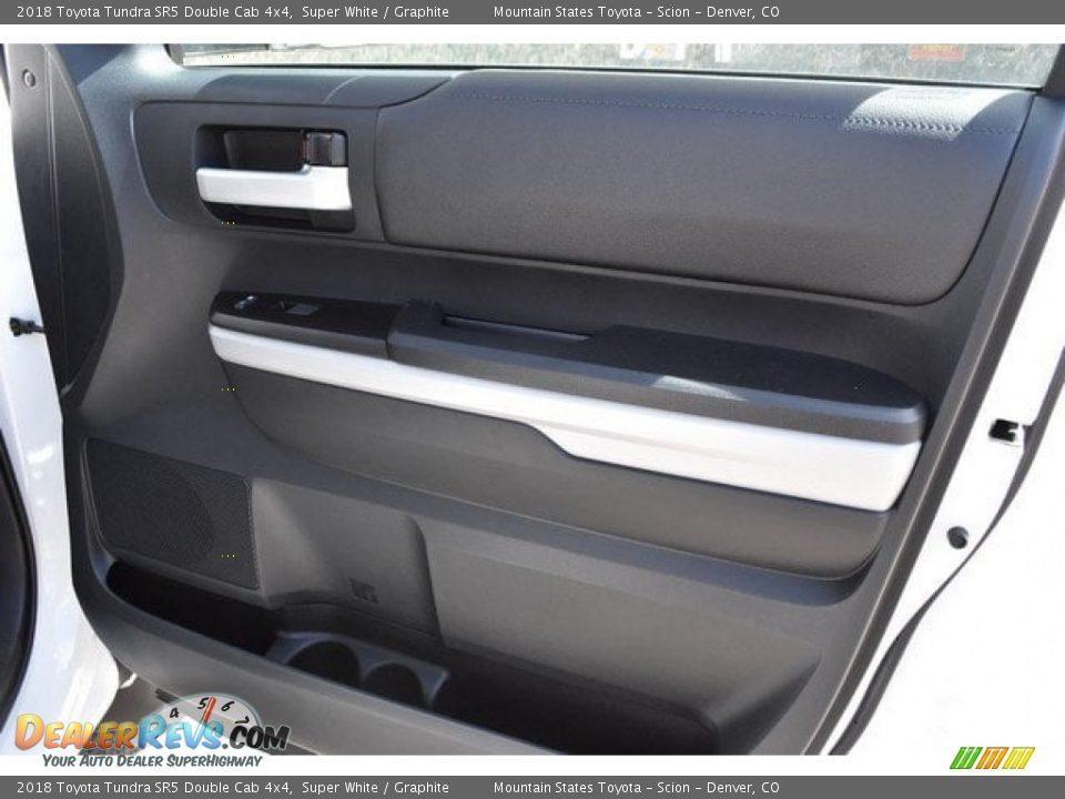 2018 Toyota Tundra SR5 Double Cab 4x4 Super White / Graphite Photo #21