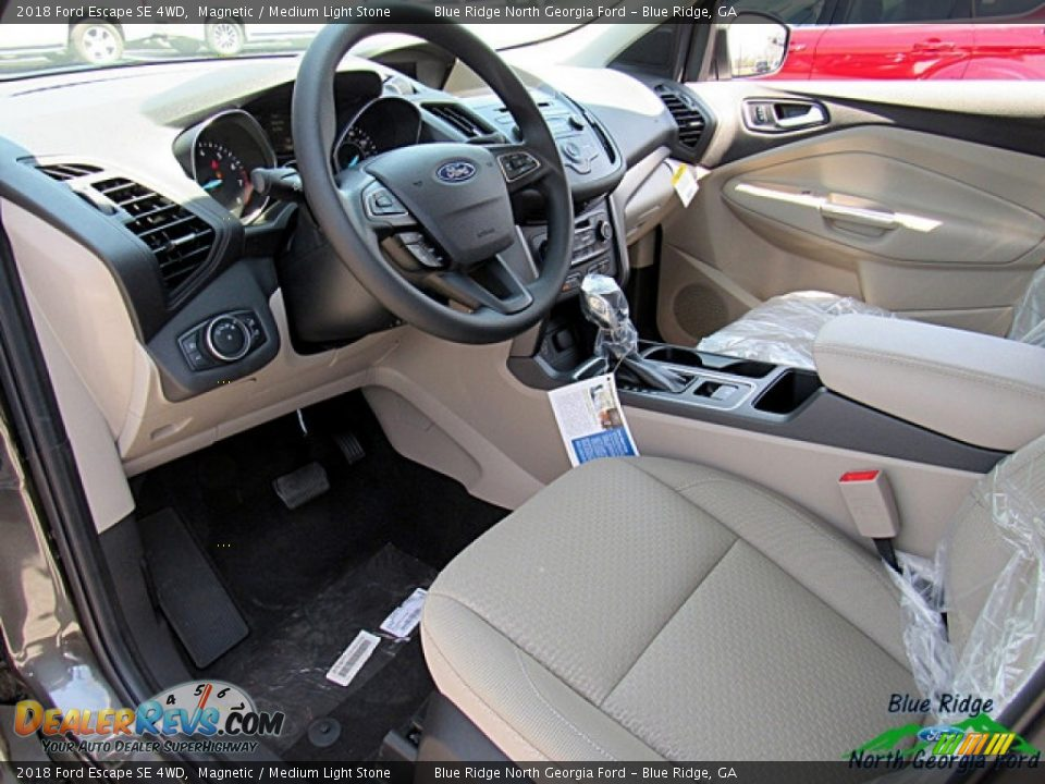 2018 Ford Escape SE 4WD Magnetic / Medium Light Stone Photo #24