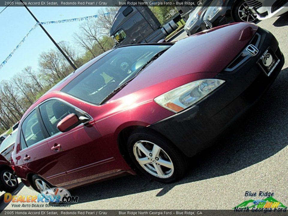 2005 Honda Accord EX Sedan Redondo Red Pearl / Gray Photo #25