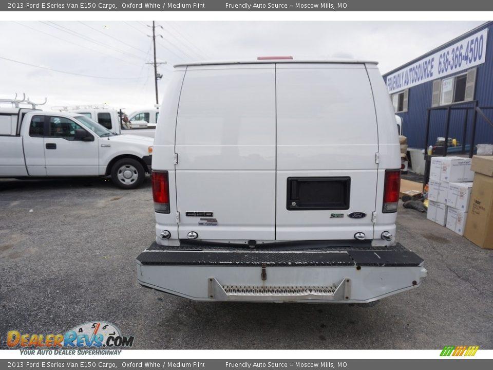 2013 Ford E Series Van E150 Cargo Oxford White / Medium Flint Photo #18