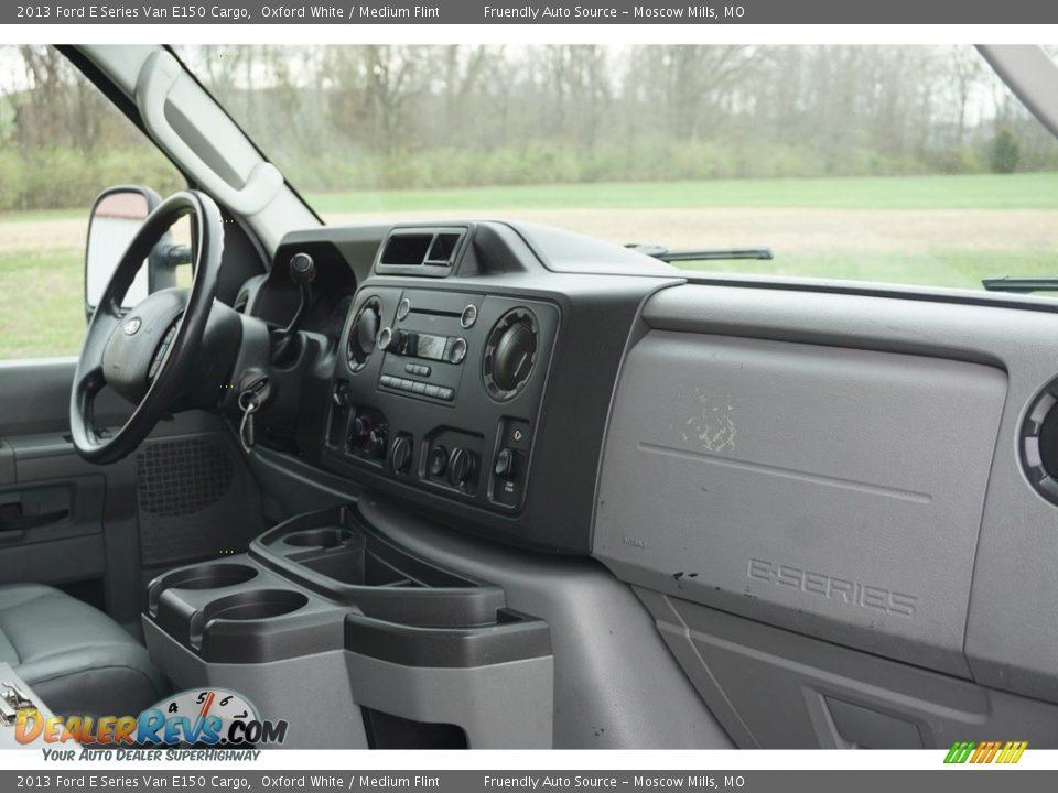 2013 Ford E Series Van E150 Cargo Oxford White / Medium Flint Photo #20