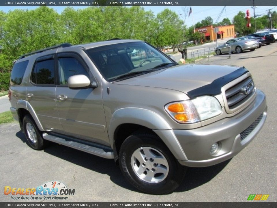 2004 Toyota Sequoia SR5 4x4 Desert Sand Mica / Oak Photo #3