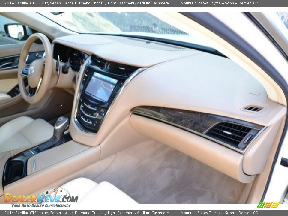 2014 Cadillac CTS Luxury Sedan White Diamond Tricoat / Light Cashmere/Medium Cashmere Photo #17