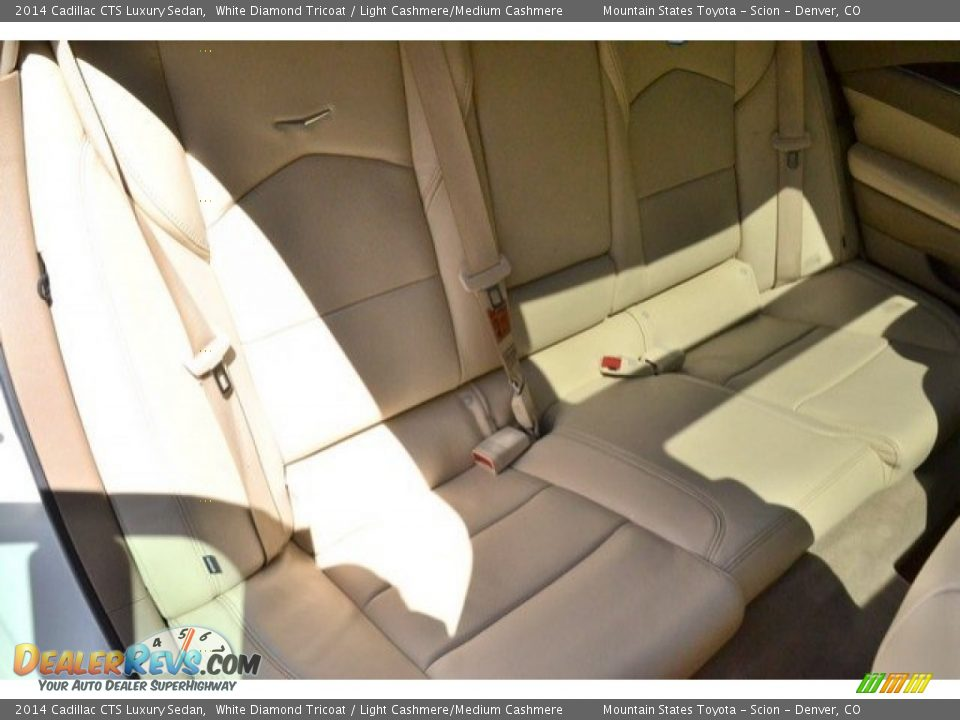 2014 Cadillac CTS Luxury Sedan White Diamond Tricoat / Light Cashmere/Medium Cashmere Photo #24
