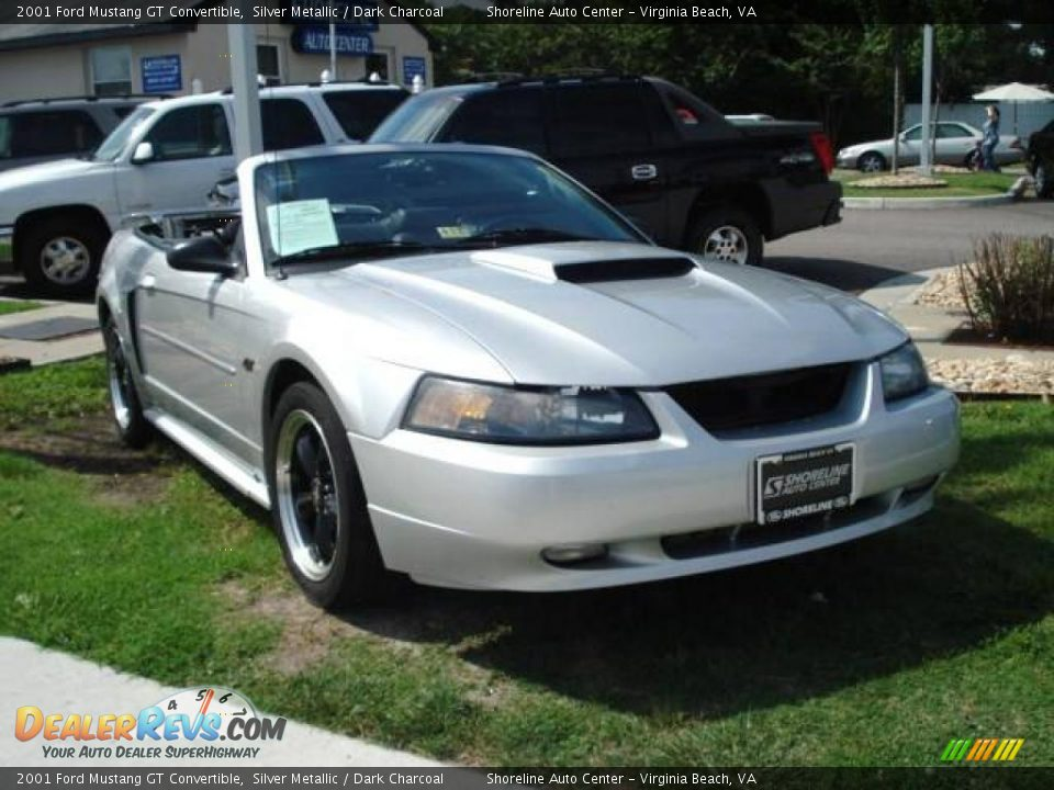 2001 ford mustang gt convertible silver metallic dark. Black Bedroom Furniture Sets. Home Design Ideas