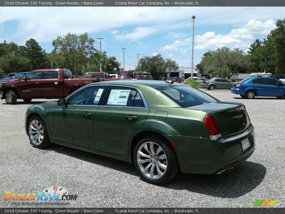 2018 Chrysler 300 Touring Green Metallic / Black/Linen Photo #3