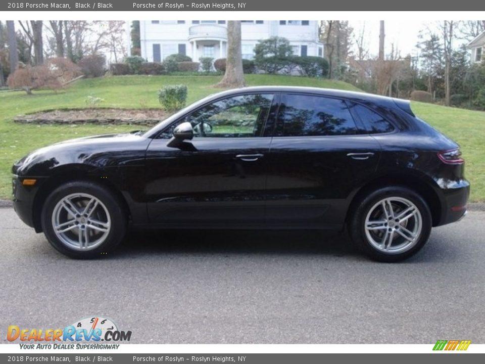 2018 Porsche Macan Black / Black Photo #4
