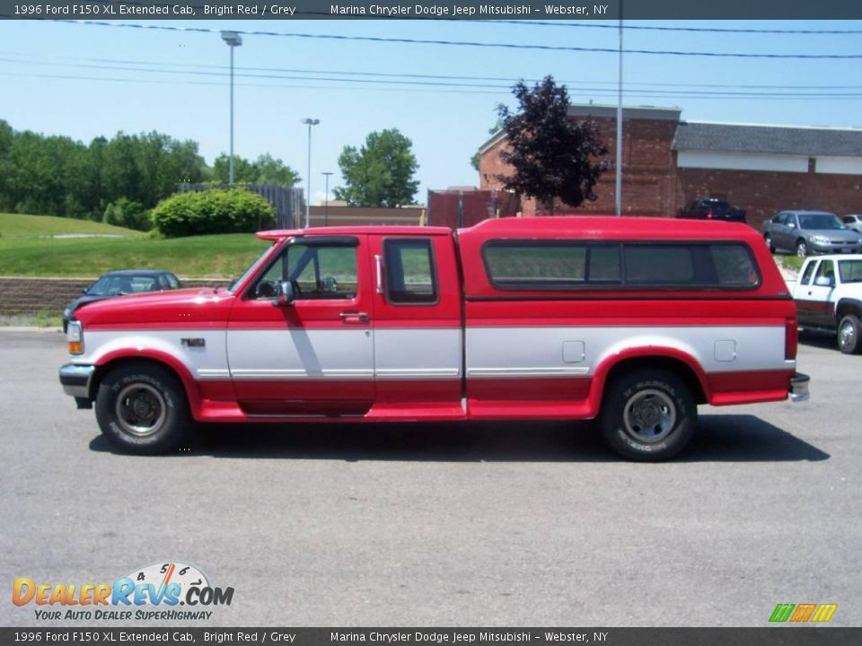 1996 ford f150 xl extended cab bright red grey photo 7. Black Bedroom Furniture Sets. Home Design Ideas