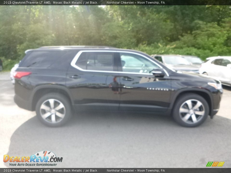2019 Chevrolet Traverse LT AWD Mosaic Black Metallic / Jet Black Photo #5