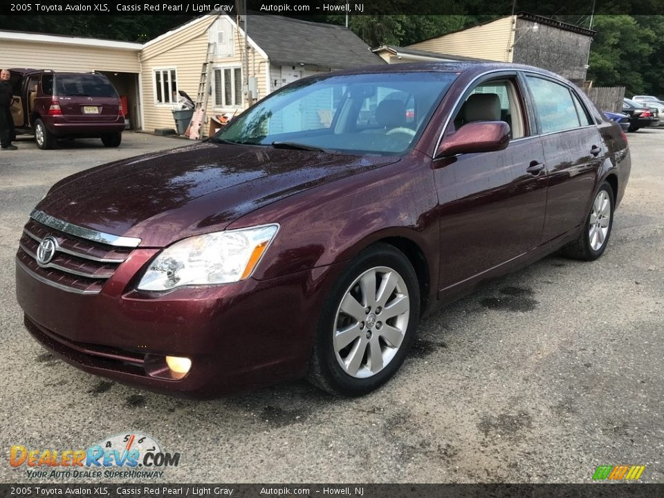 2005 Toyota Avalon XLS Cassis Red Pearl / Light Gray Photo #2