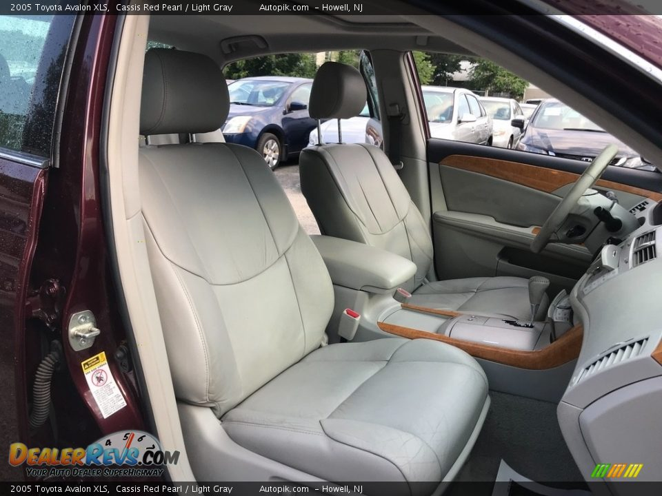 2005 Toyota Avalon XLS Cassis Red Pearl / Light Gray Photo #17