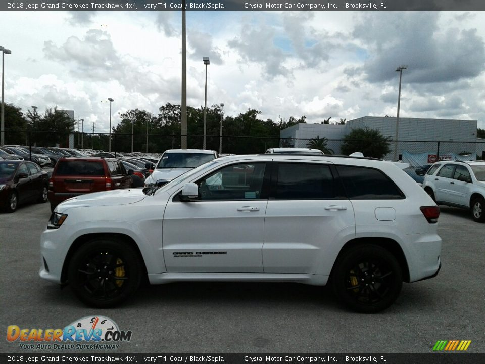 2018 Jeep Grand Cherokee Trackhawk 4x4 Ivory Tri-Coat / Black/Sepia Photo #2