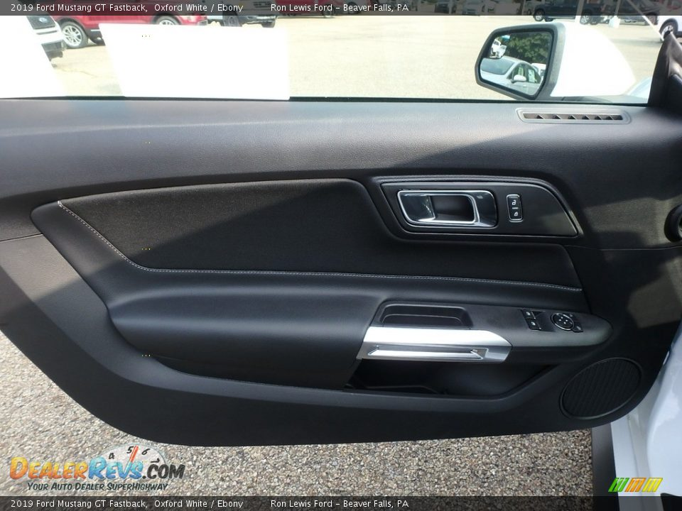 Door Panel of 2019 Ford Mustang GT Fastback Photo #14