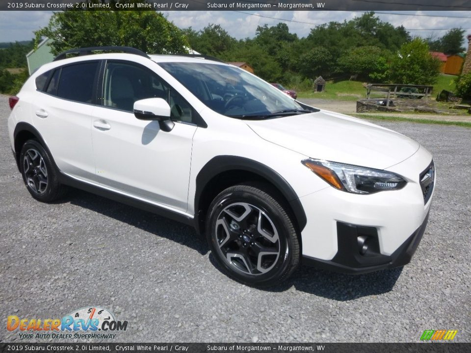 Front 3/4 View of 2019 Subaru Crosstrek 2.0i Limited Photo #1
