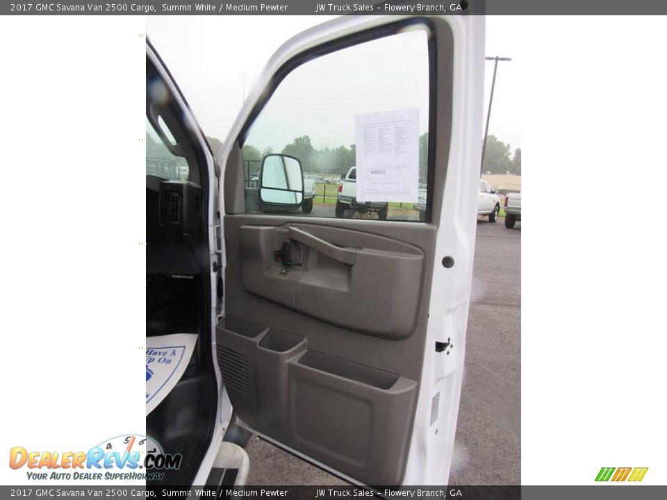 2017 GMC Savana Van 2500 Cargo Summit White / Medium Pewter Photo #18