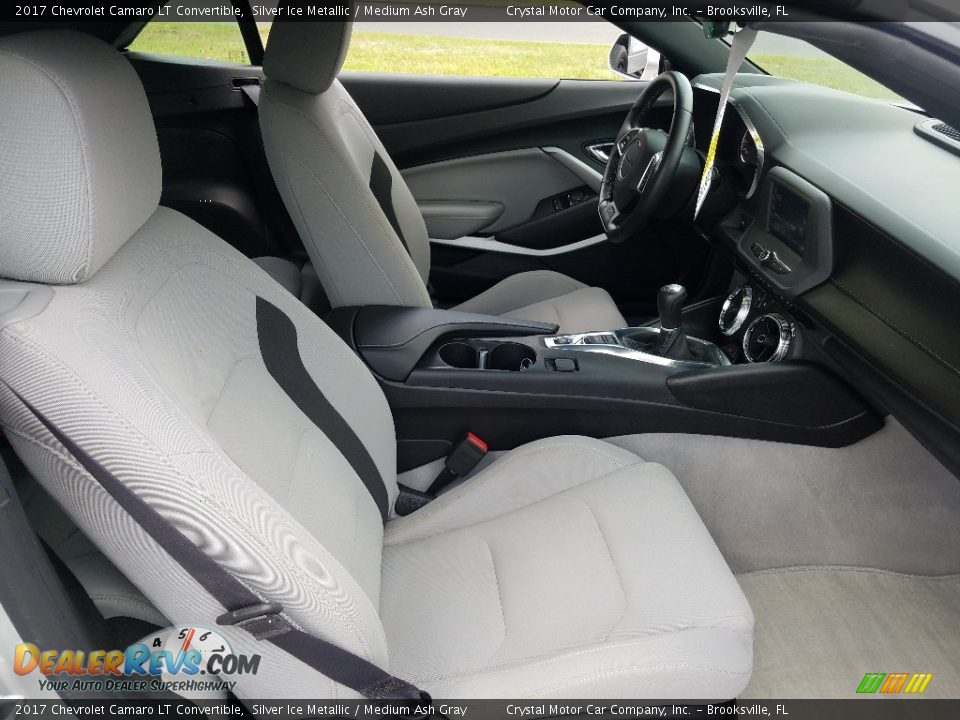 Front Seat of 2017 Chevrolet Camaro LT Convertible Photo #12