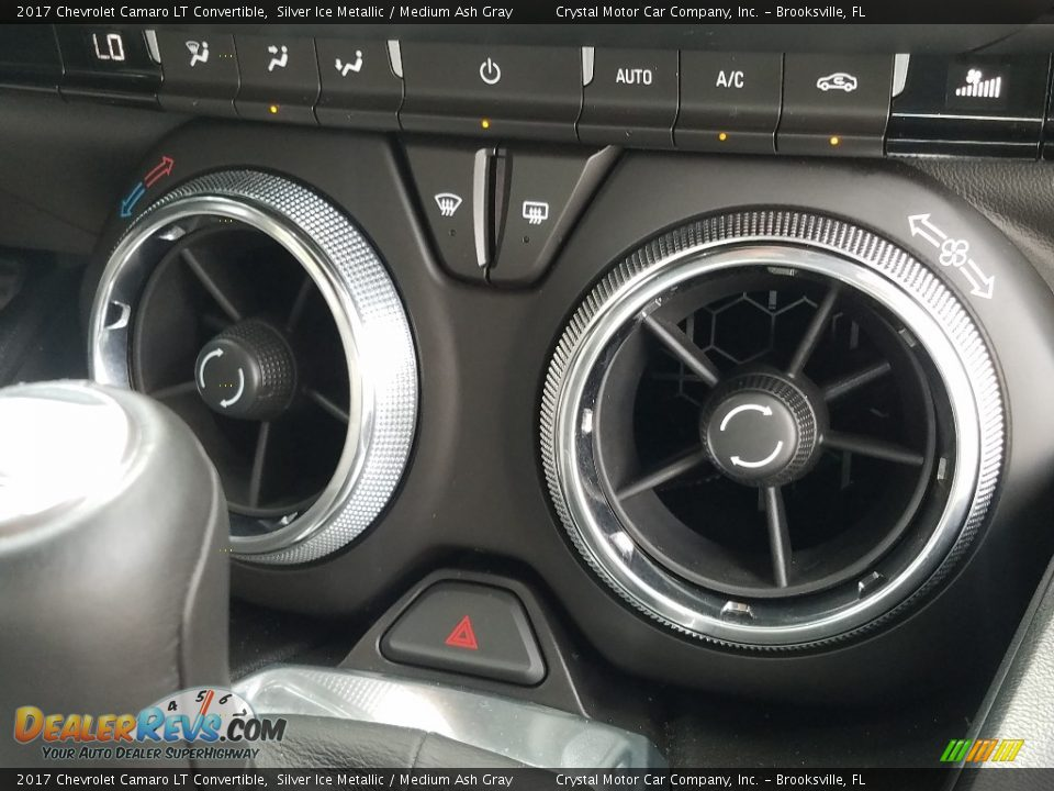 Controls of 2017 Chevrolet Camaro LT Convertible Photo #16